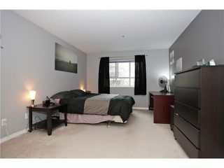 "Photo 8: 108 20145 55A Avenue in Langley: Langley City Condo for sale in ""BLACKBERRY LANE III"" : MLS®# F1431175"