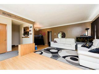 Photo 8: 780 Airlies Street in WINNIPEG: West Kildonan / Garden City Residential for sale (North West Winnipeg)  : MLS®# 1515276