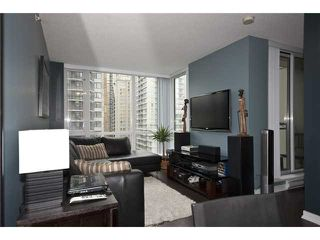"Photo 5: 905 1082 SEYMOUR Street in Vancouver: Downtown VW Condo for sale in ""FREESIA"" (Vancouver West)  : MLS®# V1129225"