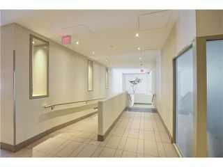 "Photo 3: 905 1082 SEYMOUR Street in Vancouver: Downtown VW Condo for sale in ""FREESIA"" (Vancouver West)  : MLS®# V1129225"
