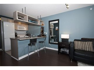 "Photo 7: 905 1082 SEYMOUR Street in Vancouver: Downtown VW Condo for sale in ""FREESIA"" (Vancouver West)  : MLS®# V1129225"
