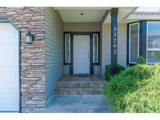 """Photo 2: 33792 GREWALL Court in Mission: Mission BC House for sale in """"College Heights"""" : MLS®# F1446216"""