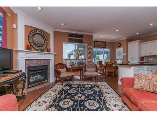 """Photo 7: 33792 GREWALL Court in Mission: Mission BC House for sale in """"College Heights"""" : MLS®# F1446216"""