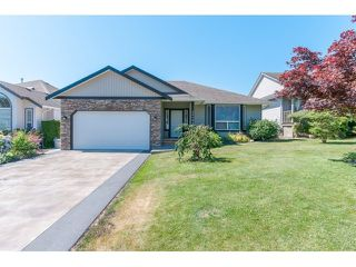 """Photo 1: 33792 GREWALL Court in Mission: Mission BC House for sale in """"College Heights"""" : MLS®# F1446216"""