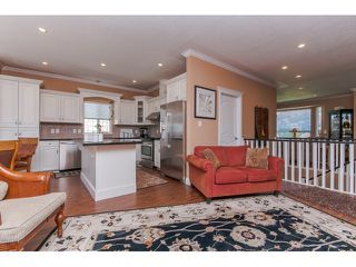 """Photo 9: 33792 GREWALL Court in Mission: Mission BC House for sale in """"College Heights"""" : MLS®# F1446216"""