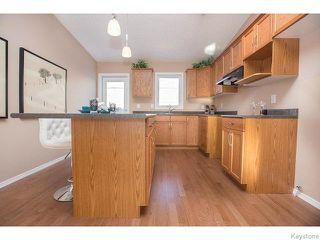 Photo 7: 152 Wainwright Crescent in WINNIPEG: St Vital Residential for sale (South East Winnipeg)  : MLS®# 1531945