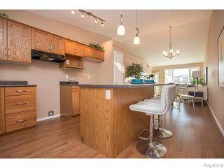 Photo 8: 152 Wainwright Crescent in WINNIPEG: St Vital Residential for sale (South East Winnipeg)  : MLS®# 1531945