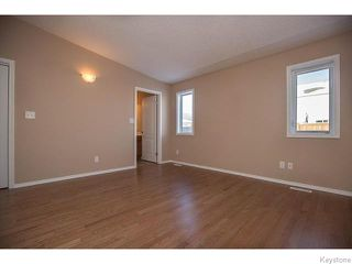 Photo 9: 152 Wainwright Crescent in WINNIPEG: St Vital Residential for sale (South East Winnipeg)  : MLS®# 1531945