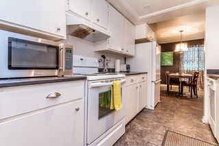 """Photo 7: 7 33361 WREN Crescent in Abbotsford: Central Abbotsford Townhouse for sale in """"SHERWOOD HILLS"""" : MLS®# R2044649"""