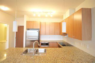 Photo 4: 403 15322 101 Avenue in Surrey: Guildford Condo for sale (North Surrey)  : MLS®# R2048002