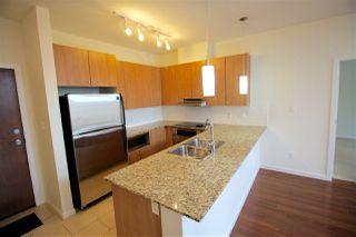 Photo 3: 403 15322 101 Avenue in Surrey: Guildford Condo for sale (North Surrey)  : MLS®# R2048002