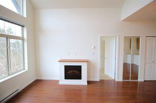 Photo 8: 403 15322 101 Avenue in Surrey: Guildford Condo for sale (North Surrey)  : MLS®# R2048002