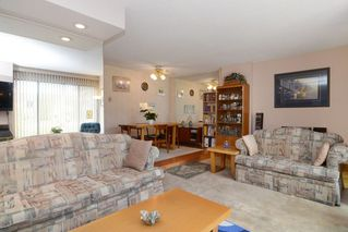 Photo 4: 3380 VINCENT Street in Port Coquitlam: Glenwood PQ Townhouse for sale : MLS®# R2075306