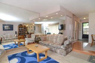 Photo 5: 3380 VINCENT Street in Port Coquitlam: Glenwood PQ Townhouse for sale : MLS®# R2075306