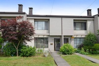 Photo 1: 3380 VINCENT Street in Port Coquitlam: Glenwood PQ Townhouse for sale : MLS®# R2075306