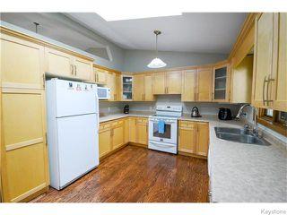Photo 5: 111 Groveland Bay in Winnipeg: Fort Garry / Whyte Ridge / St Norbert Residential for sale (South Winnipeg)  : MLS®# 1617118