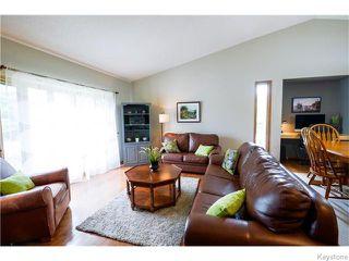 Photo 4: 111 Groveland Bay in Winnipeg: Fort Garry / Whyte Ridge / St Norbert Residential for sale (South Winnipeg)  : MLS®# 1617118