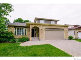 Photo 1: 111 Groveland Bay in Winnipeg: Fort Garry / Whyte Ridge / St Norbert Residential for sale (South Winnipeg)  : MLS®# 1617118