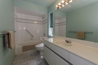 Photo 10: 3258 STRATHAVEN Lane in North Vancouver: Windsor Park NV House for sale : MLS®# R2087577