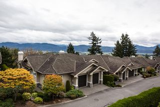"Photo 2: 27 35537 EAGLE MOUNTAIN Drive in Abbotsford: Abbotsford East Townhouse for sale in ""Eaton Place"" : MLS®# R2105071"