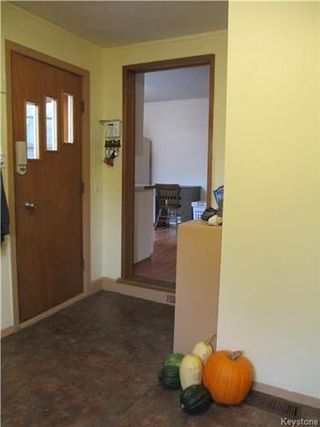 Photo 11: 111 3rd Avenue Southwest in Dauphin: R30 Residential for sale (R30 - Dauphin and Area)  : MLS®# 1626368