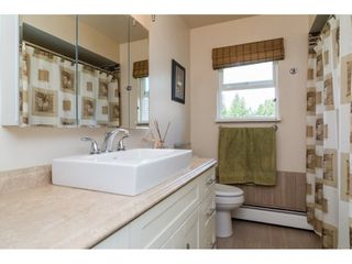 """Photo 12: 13281 100 Avenue in Surrey: Whalley House for sale in """"Surrey Central"""" (North Surrey)  : MLS®# R2117788"""