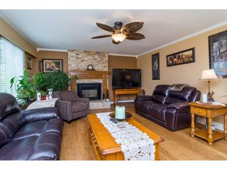 """Photo 9: 13281 100 Avenue in Surrey: Whalley House for sale in """"Surrey Central"""" (North Surrey)  : MLS®# R2117788"""