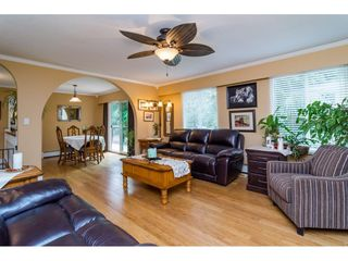 """Photo 8: 13281 100 Avenue in Surrey: Whalley House for sale in """"Surrey Central"""" (North Surrey)  : MLS®# R2117788"""