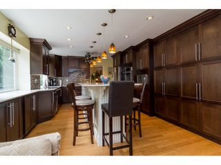 """Photo 5: 13281 100 Avenue in Surrey: Whalley House for sale in """"Surrey Central"""" (North Surrey)  : MLS®# R2117788"""