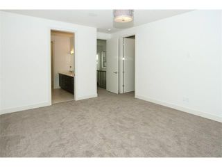 Photo 18: 5228 Bowness Road NW in Calgary: Montgomery House for sale : MLS®# C4087813