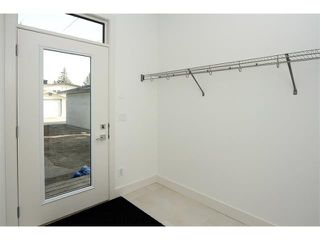 Photo 12: 5228 Bowness Road NW in Calgary: Montgomery House for sale : MLS®# C4087813