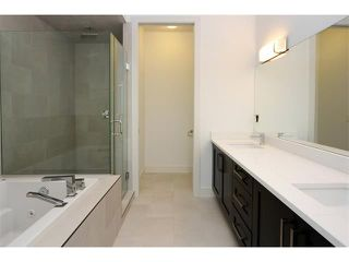 Photo 19: 5228 Bowness Road NW in Calgary: Montgomery House for sale : MLS®# C4087813