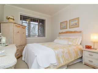 "Photo 13: 204 16433 64 Avenue in Surrey: Cloverdale BC Condo for sale in ""St. Andrews"" (Cloverdale)  : MLS®# R2123466"