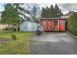 Photo 15: 1029-1031 Colville Rd in VICTORIA: Es Rockheights Full Duplex for sale (Esquimalt)  : MLS®# 749288
