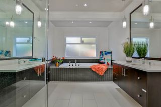 Photo 14: 14191 WHEATLEY Avenue: White Rock House for sale (South Surrey White Rock)  : MLS®# R2141246