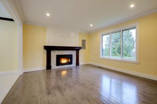 Photo 2: 1262 KILMER Road in North Vancouver: Lynn Valley House for sale : MLS®# R2145718