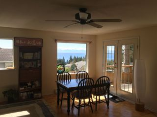 "Photo 4: 506 OCEANVIEW Drive in Gibsons: Gibsons & Area House for sale in ""WOODCREEK PARK"" (Sunshine Coast)  : MLS®# R2148807"