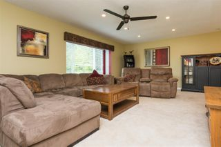 Photo 3: 11062 UPPER CANYON Road in Delta: Sunshine Hills Woods House for sale (N. Delta)  : MLS®# R2168219