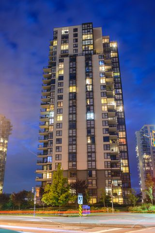 "Photo 24: 203 288 UNGLESS Way in Port Moody: North Shore Pt Moody Condo for sale in ""CRESCENDO"" : MLS®# R2185282"