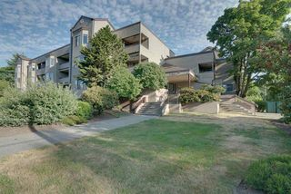 "Photo 2: 114 5294 204 Street in Langley: Langley City Condo for sale in ""Waters Edge"" : MLS®# R2189873"