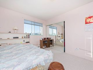 Photo 7: 1663 E 14TH Avenue in Vancouver: Grandview VE House 1/2 Duplex for sale (Vancouver East)  : MLS®# R2201048