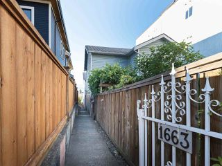 Photo 2: 1663 E 14TH Avenue in Vancouver: Grandview VE House 1/2 Duplex for sale (Vancouver East)  : MLS®# R2201048