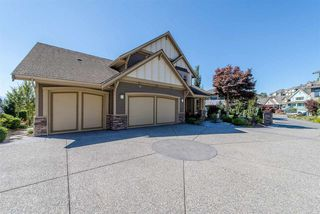 "Photo 4: 2590 LAVENDER Court in Abbotsford: Abbotsford East House for sale in ""Eagle Mountain"" : MLS®# R2209949"