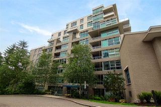 Photo 1: 702 9262 UNIVERSITY CRESCENT in Burnaby: Simon Fraser Univer. Condo for sale (Burnaby North)  : MLS®# R2178516