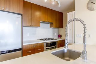 Photo 6: 1801 1185 THE HIGH STREET in Coquitlam: North Coquitlam Condo for sale : MLS®# R2211797