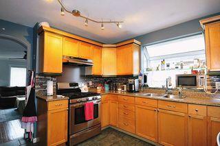 Photo 4: 20384 KENT Street in Maple Ridge: Southwest Maple Ridge House for sale : MLS®# R2221127