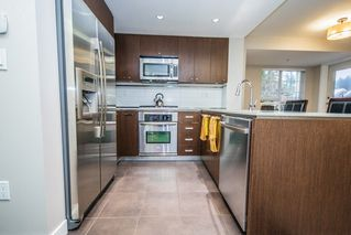 "Photo 4: 308 2940 KING GEORGE Boulevard in Surrey: King George Corridor Condo for sale in ""High Street"" (South Surrey White Rock)  : MLS®# R2229056"