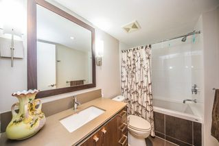 "Photo 11: 308 2940 KING GEORGE Boulevard in Surrey: King George Corridor Condo for sale in ""High Street"" (South Surrey White Rock)  : MLS®# R2229056"