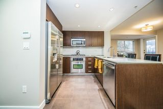 """Photo 7: 308 2940 KING GEORGE Boulevard in Surrey: King George Corridor Condo for sale in """"High Street"""" (South Surrey White Rock)  : MLS®# R2229056"""