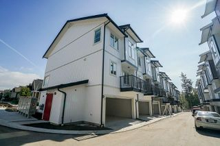 Photo 3: 24 5867 129 Street in Surrey: Panorama Ridge Townhouse for sale : MLS®# R2242040